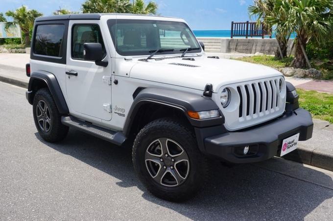Jeep ラングラースポーツ白3ドア画像